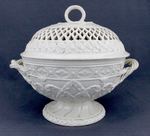 Chestnut bowl and lid by Josiah Wedgwood
