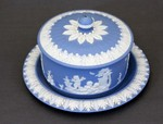 Butter tub with lid and plate